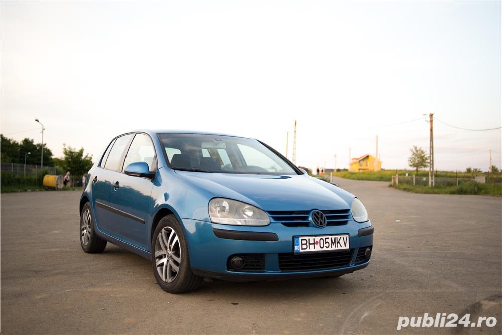 VW Golf 5 1.6 Benzina 116cp