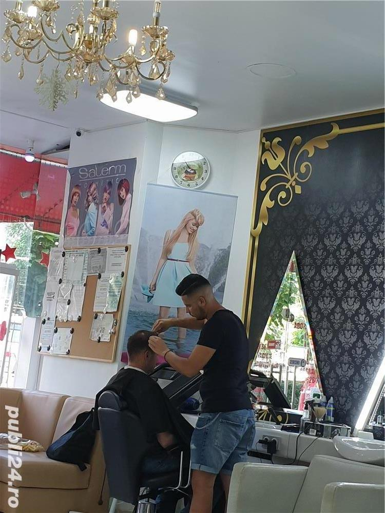 Salon cu clientela angajaza urgent coafeza si manichiurista.