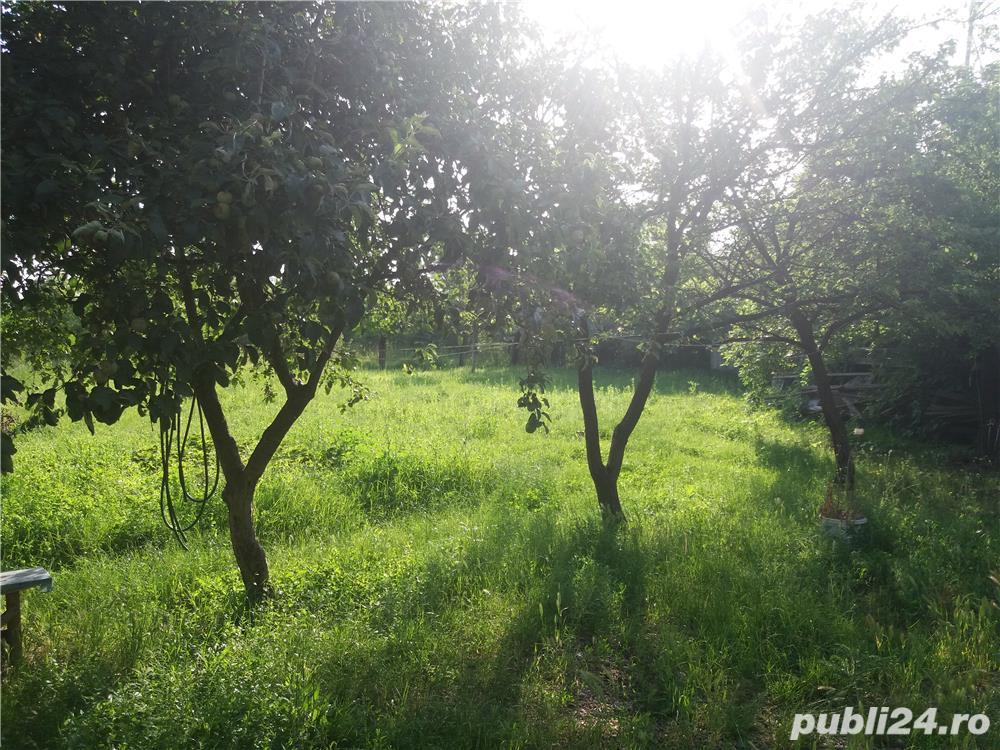 inchiriez casa cu 3 camere in zona Episcopia Bihor