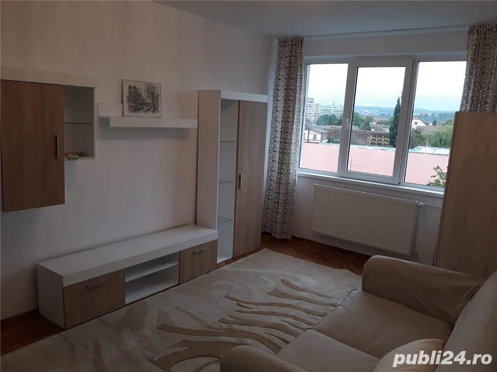 For rent !chirie 3 cam lux mobilier nou Center /PLAZZA