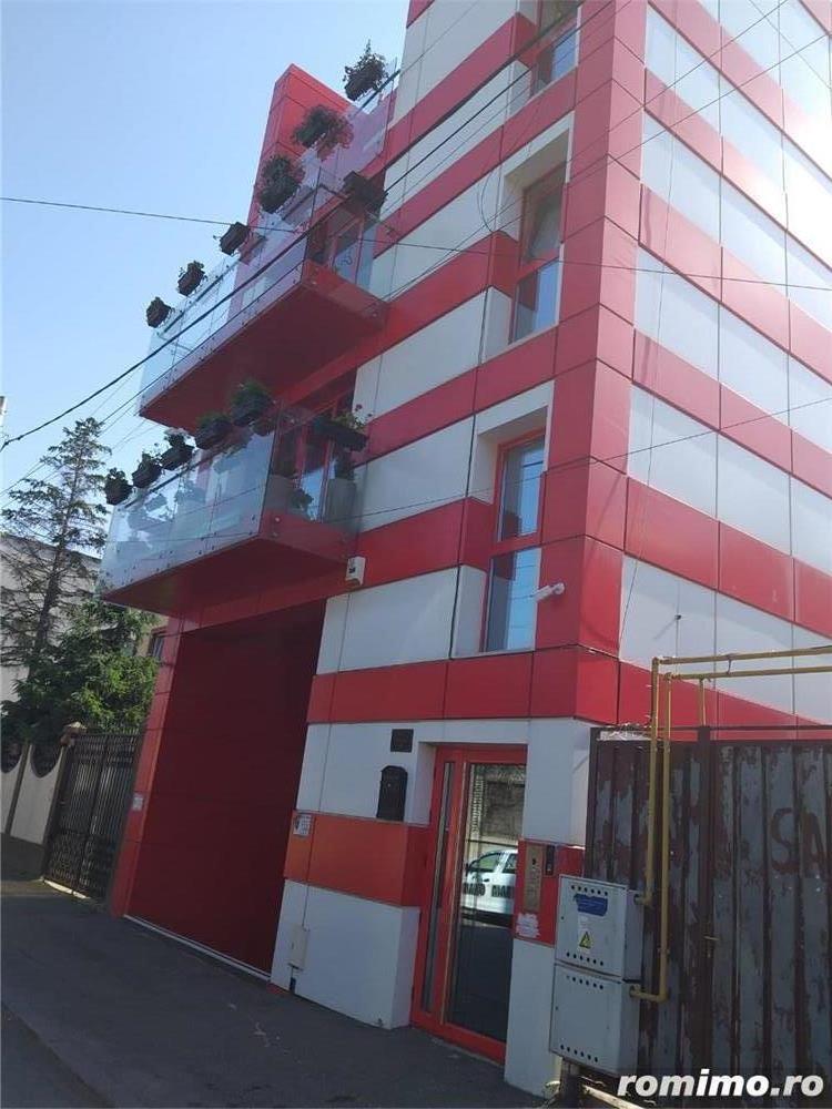 Cladire de birouri rond Cosbuc