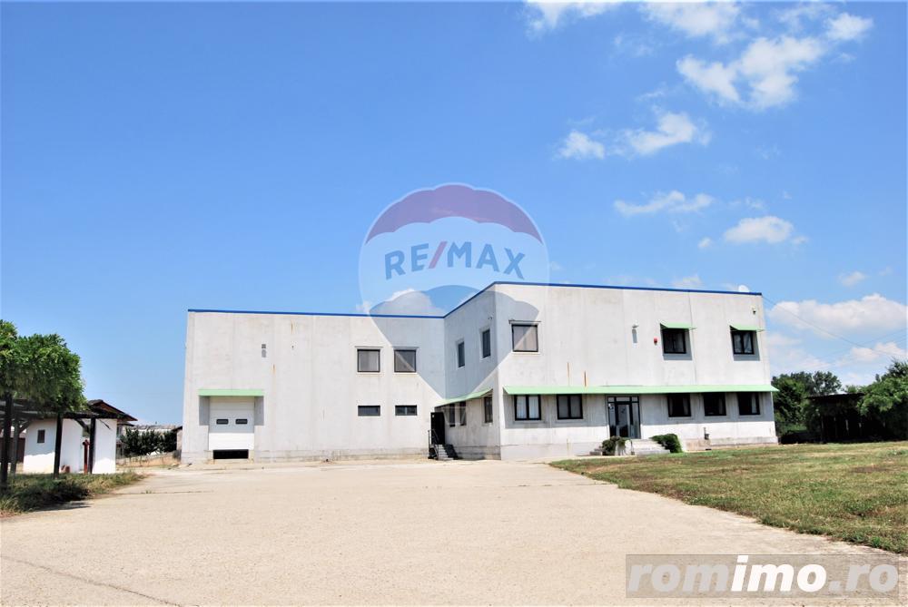 Hală spațiu industrial în Borș [lângă clădirea Comau]