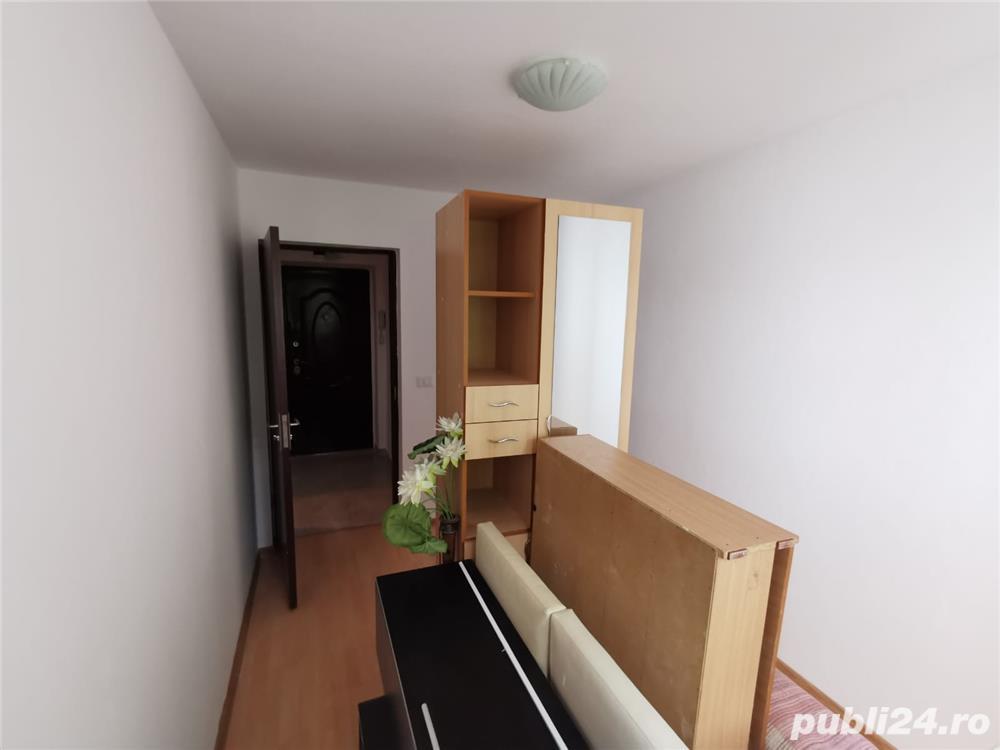 Apartament 3 camere de vanzare Tatarasi