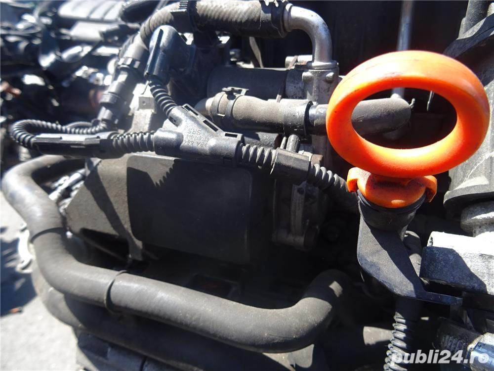 Pompa de inalta presiune Volkswagen Golf 6 1.6 TDI 105 CP E5 din 2010  03L 130 755 E