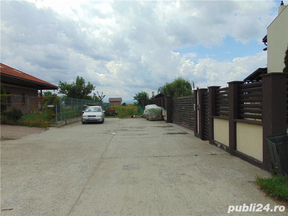 De vanzare teren Harman zona de case 35euro/mp