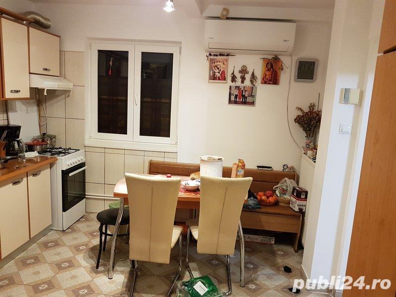 Apartament 3 camere decomandat Renovat-70mp- - Berceni / Uioara