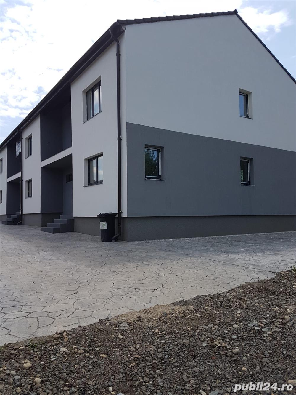 Dumbravita, zona Lidl, casa p+e, tip triplex, 120mp. Util, 3 terase, gaz,c.e.apa, canal  teren200mp
