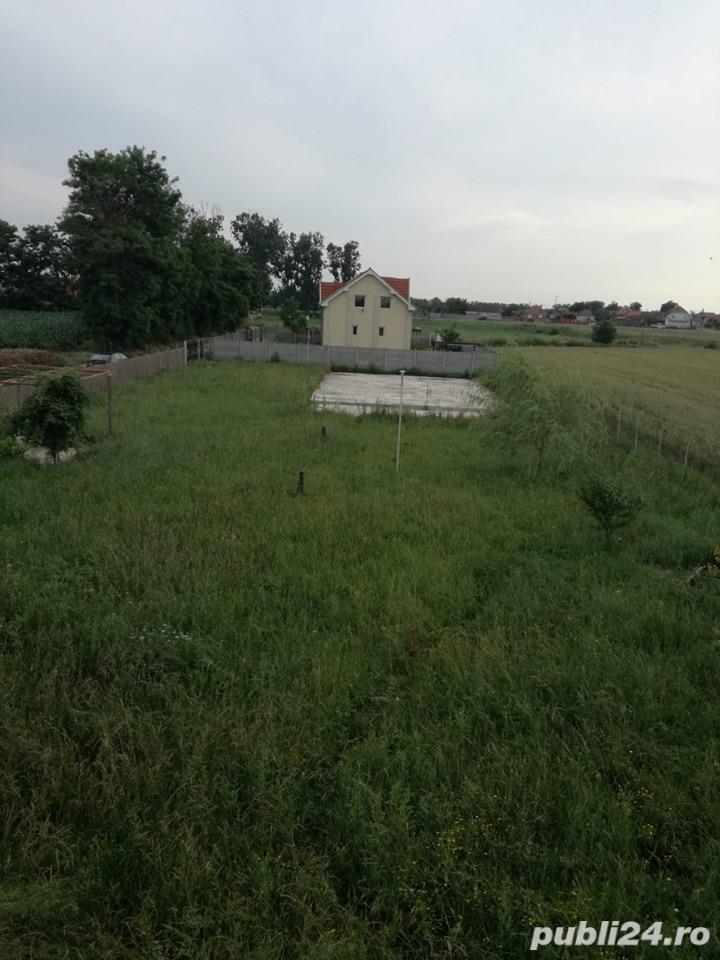 Vand teren cu fundatie pt casa, in Tarian