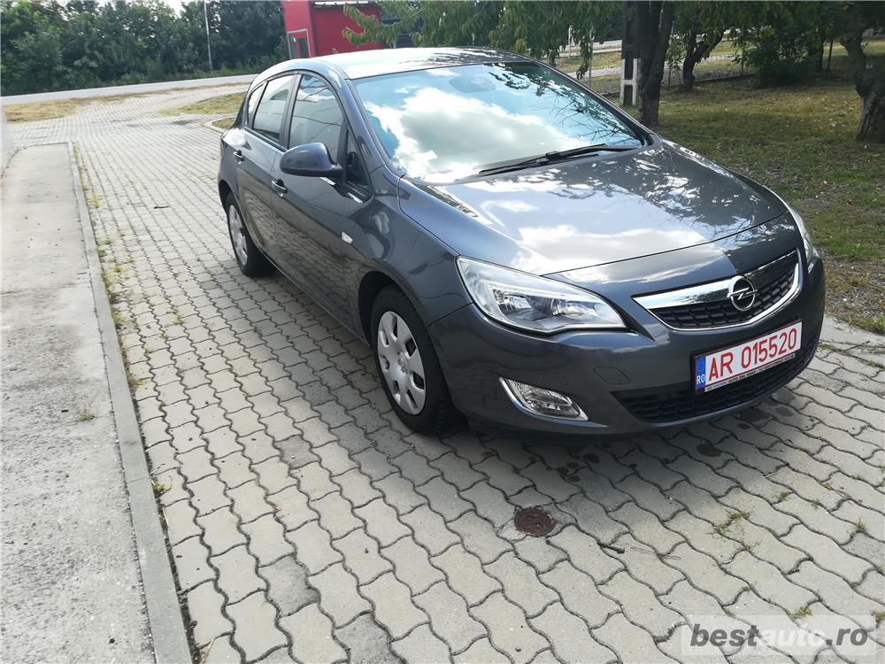Opel Astra J 1.7 Cdti 110 Cp