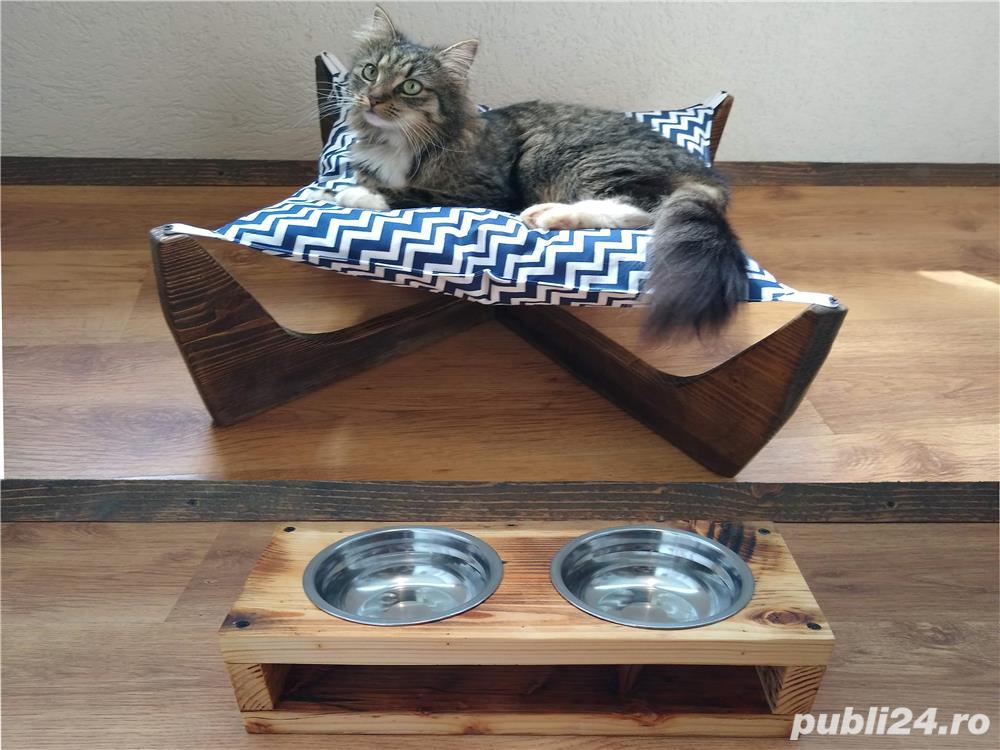 Pat/Hamac/Culcus pentru pisici + suport cu 2 boluri pentru mancare.