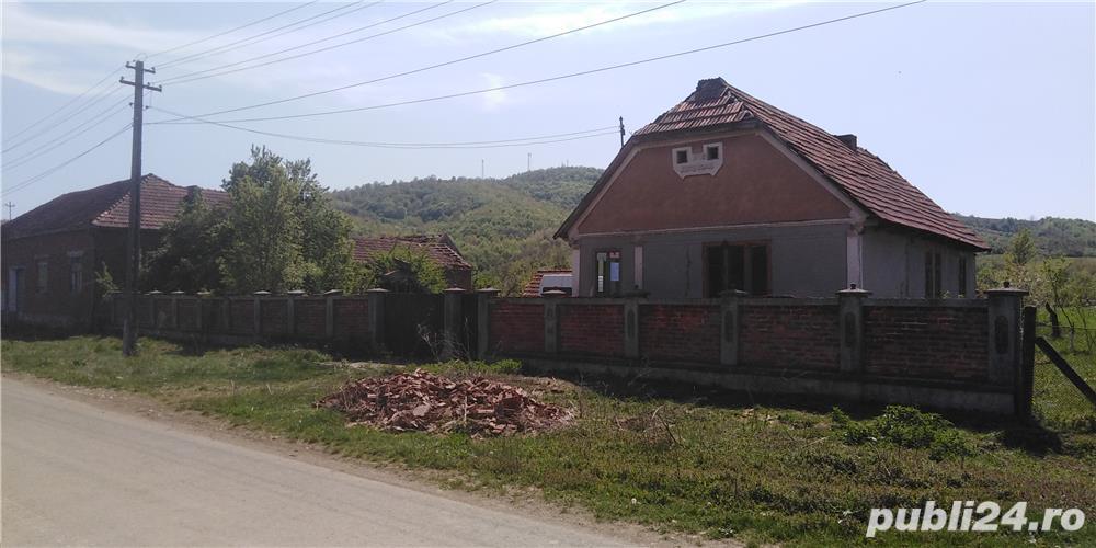 Vand casa veche