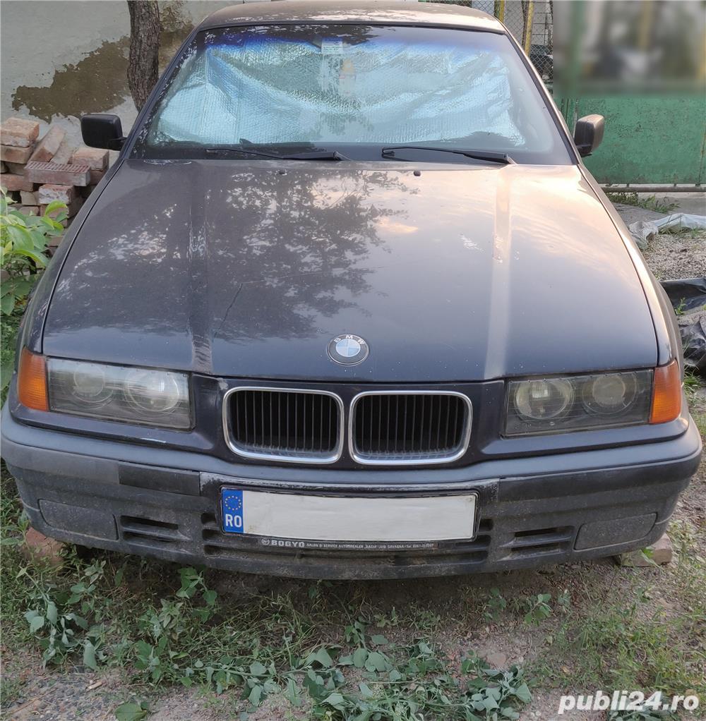 Dezmembrez BMW 318i e36