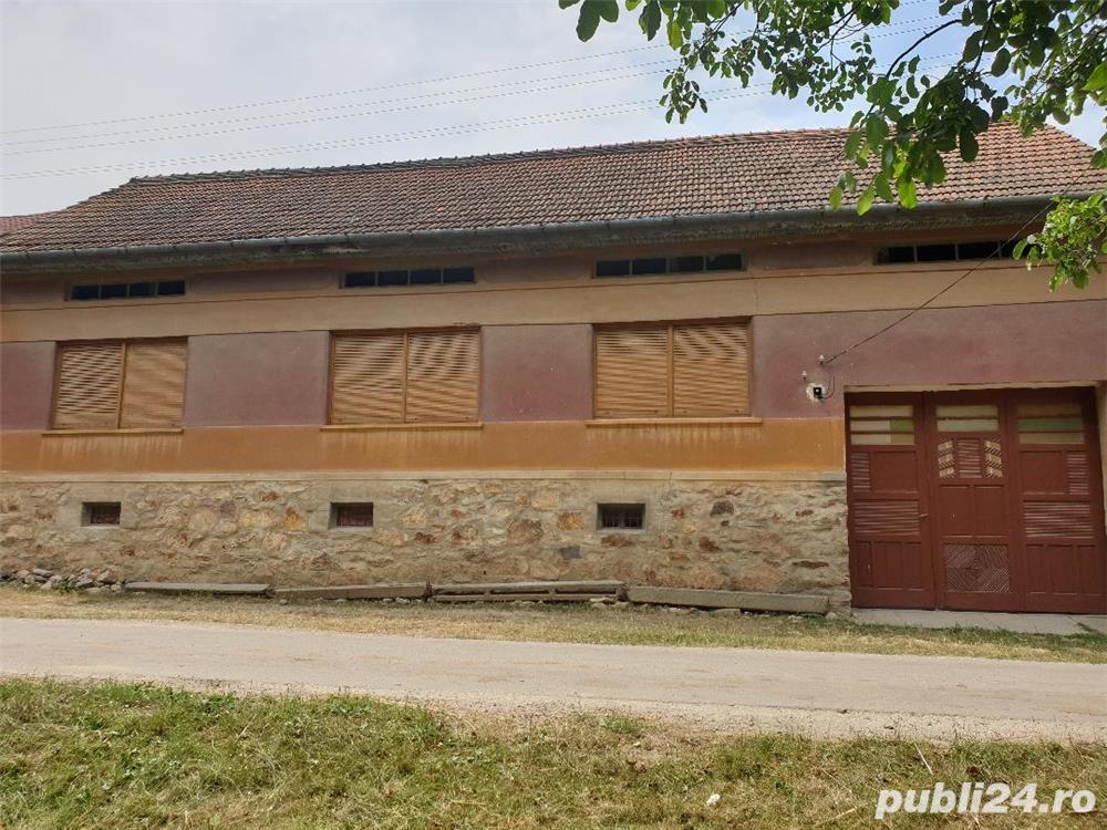 Vând casă sat Rugi, Jud. Caraș-Severin
