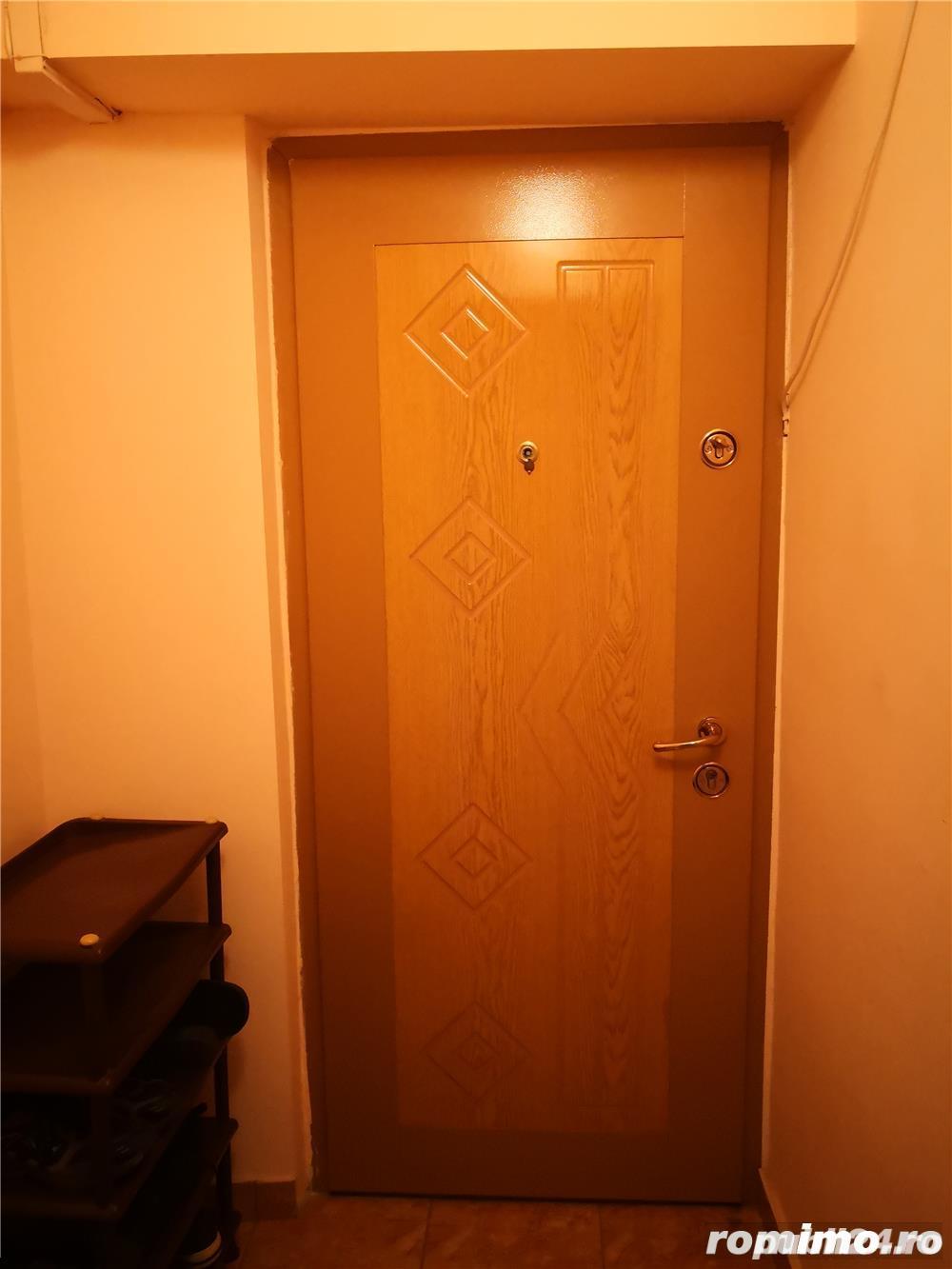 Apartament 4 camere, Zona FAR