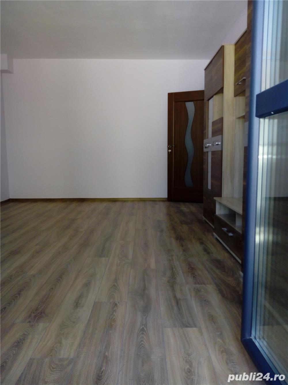 Apartament 2 camere  decomandat ,53 mp ,  etaj 1