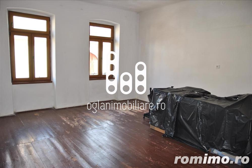 Apartament 3 camere de vanzare Str. Noua - Sibiu