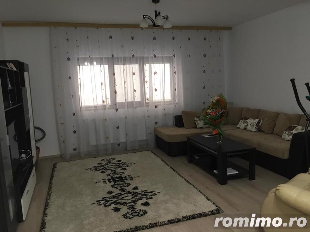 Apartament cu 2 camere de vânzare în zona Compozitorilor