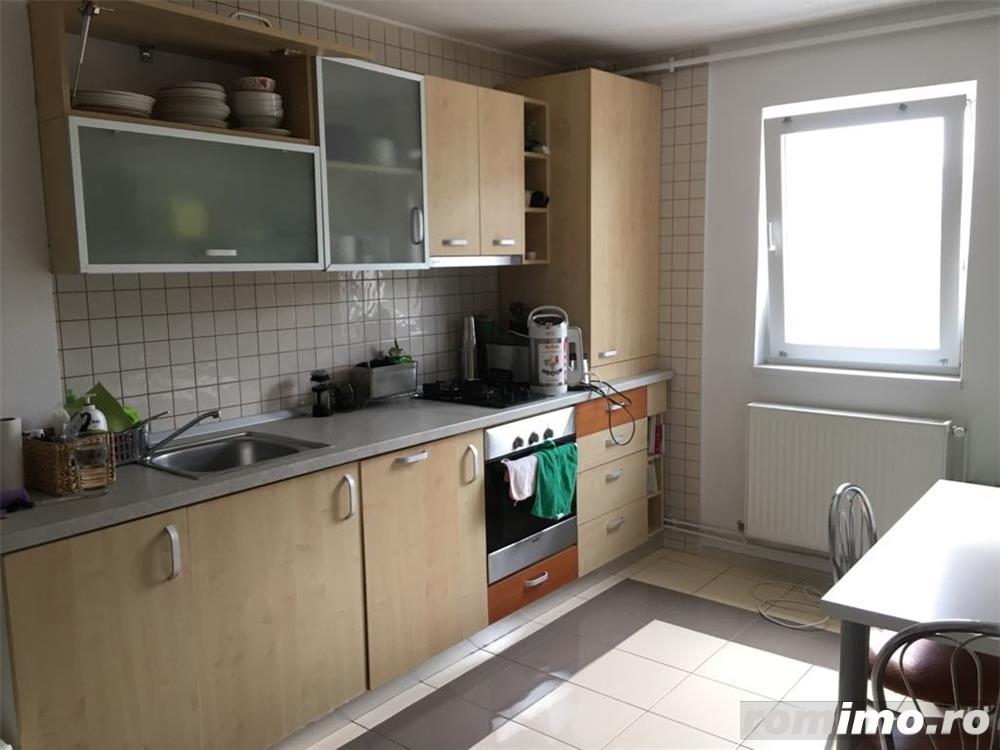 Complex 3 camere 400 euro