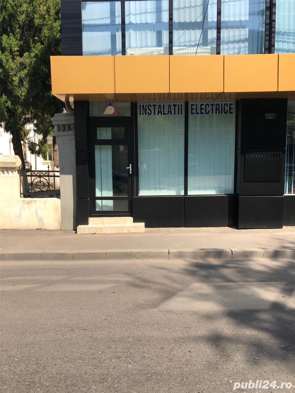 Inchiriez spatiu birou Centru vis-a-vis de Electrica , Str. Eroilor 38