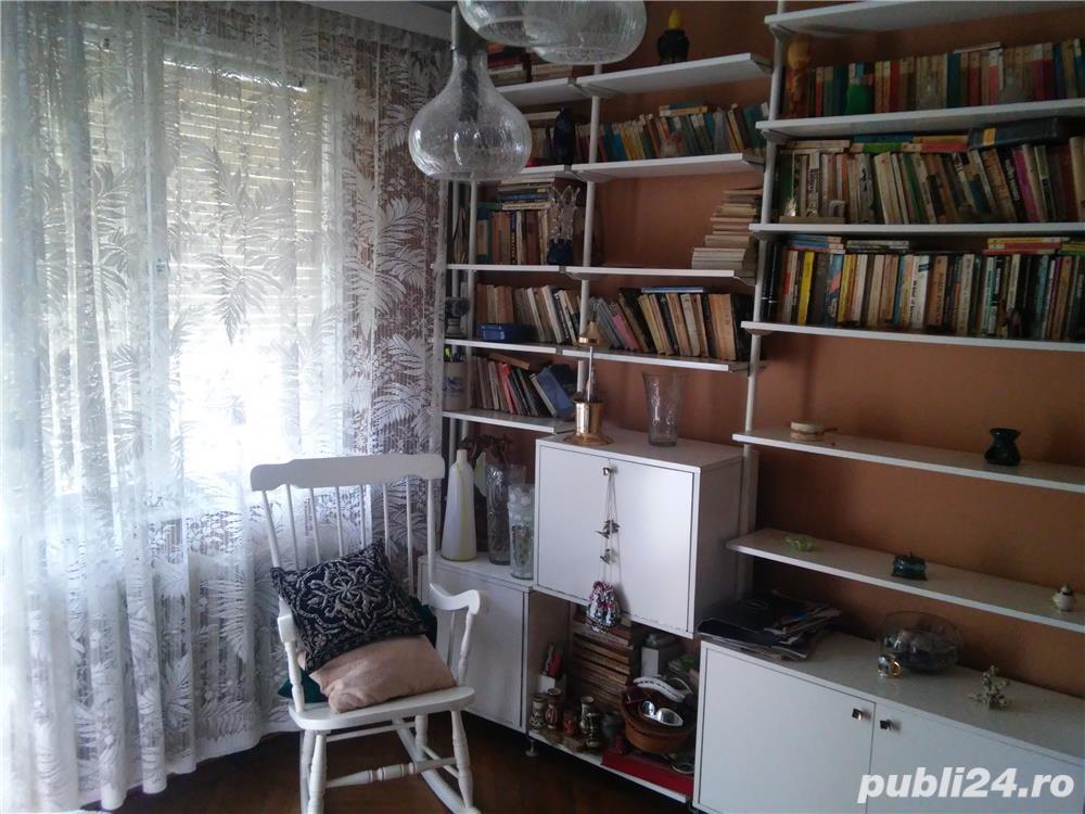 Apartament 4 camere de vanzare zona Plopilor