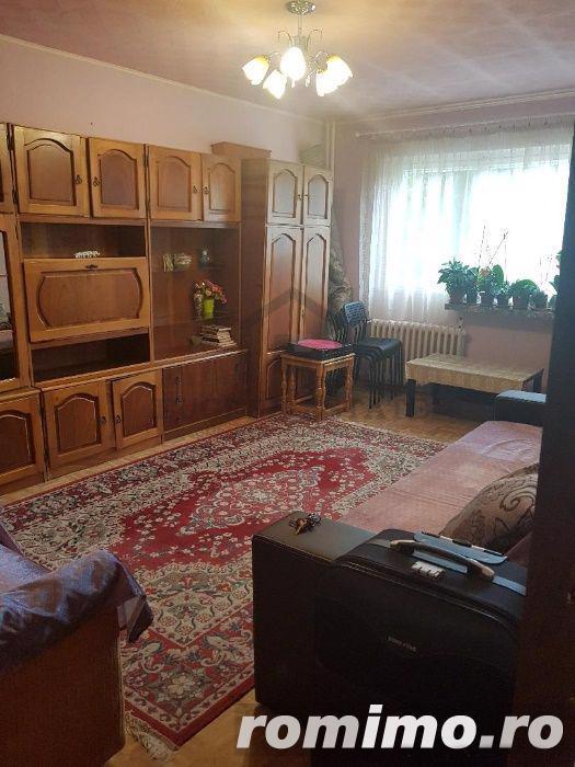 Apartament cu 3 camere aproape de metroul Aparatorii Patriei