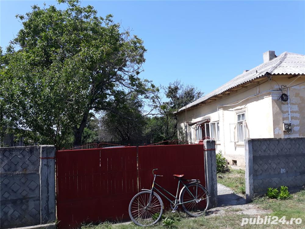 Vand casa, localitatea Draganesti-Olt, sat. Comani, jud Olt