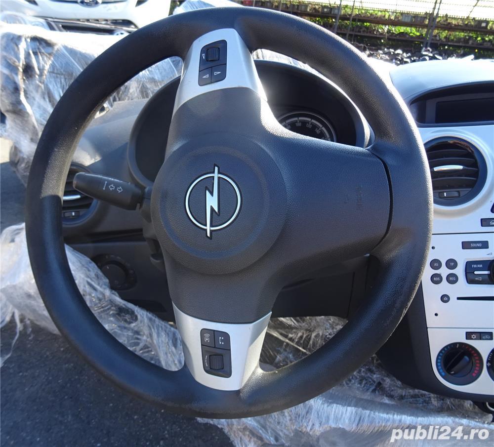 Plansa de bord Volkswagen Golf 5 plus cu airbag sofer si pasager