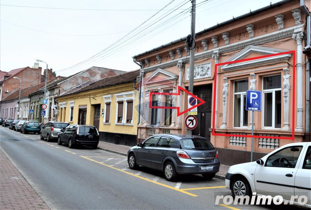 Apartament cu 4 camere de vânzare în zona ultracentrala