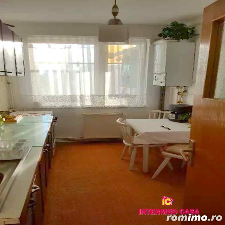 Apartament 2 camere decomandate zona Rahovei Sibiu