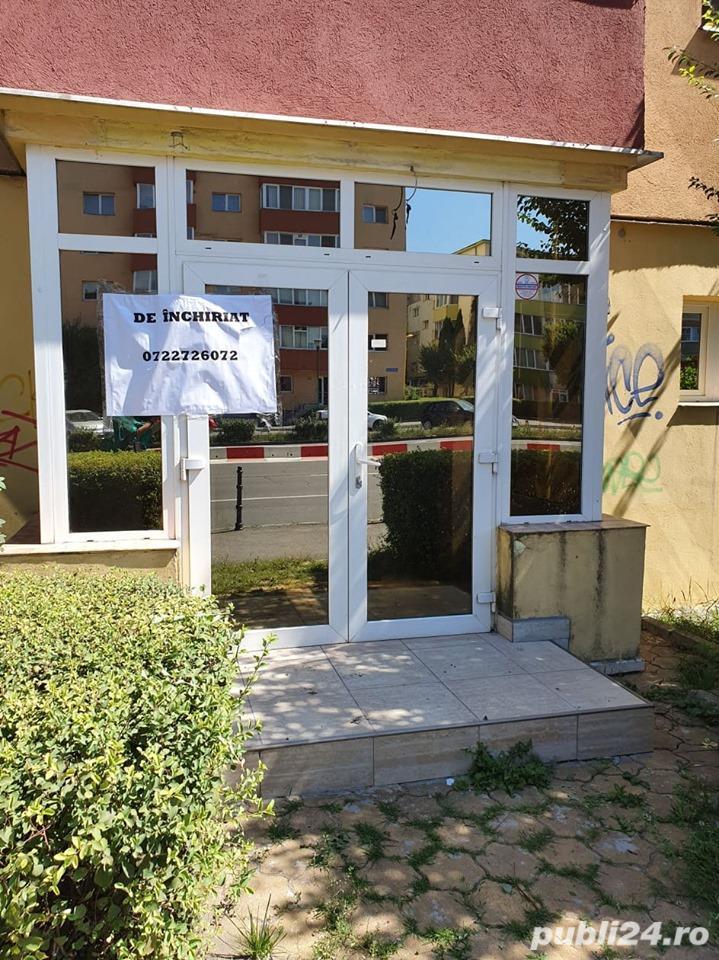 Spatiu comercial Calea Bucuresti, renovat, liber, 400 euro