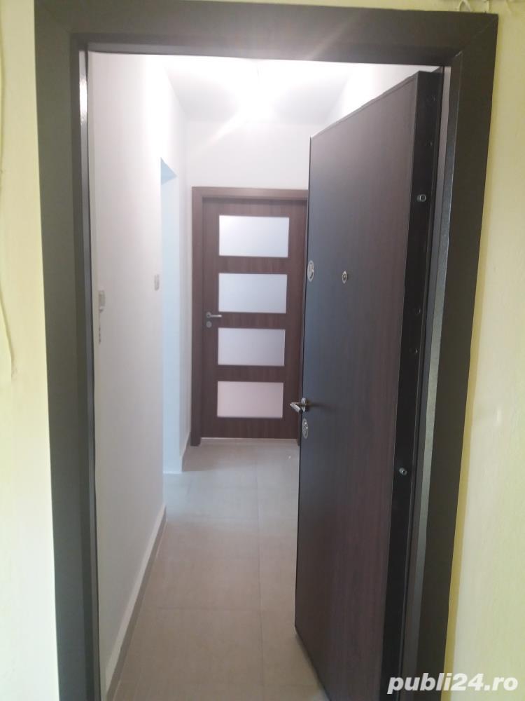 Proprietar vand apartament central 2 camere bloc de caramida et 2