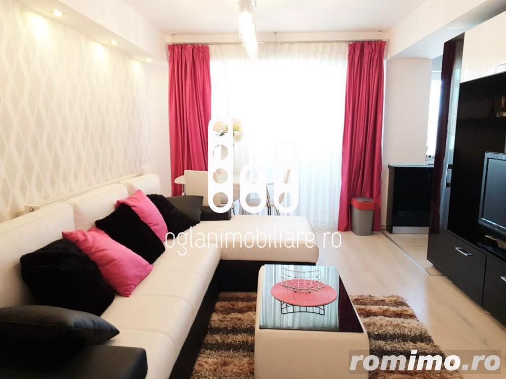 Apartament cu 3 camere etaj intermediar de vanzare in Vasile Aaron