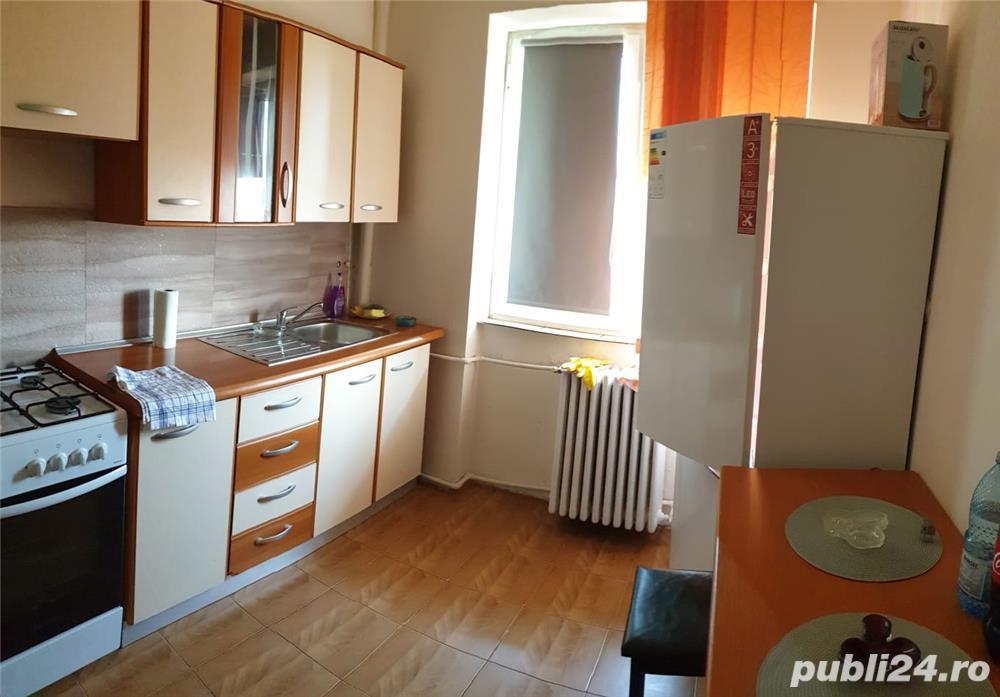 Ofer spre inchiriere apartament 2 camere