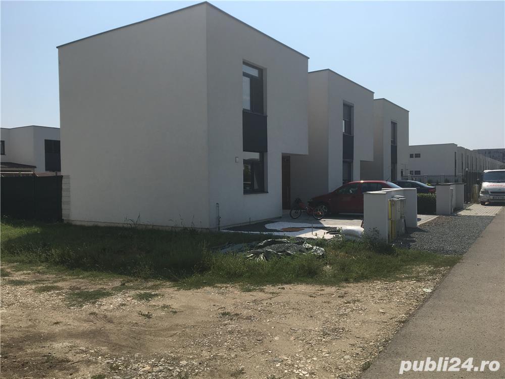 Vand teren 250 m2 pentru casa cu autorizatie si proiect
