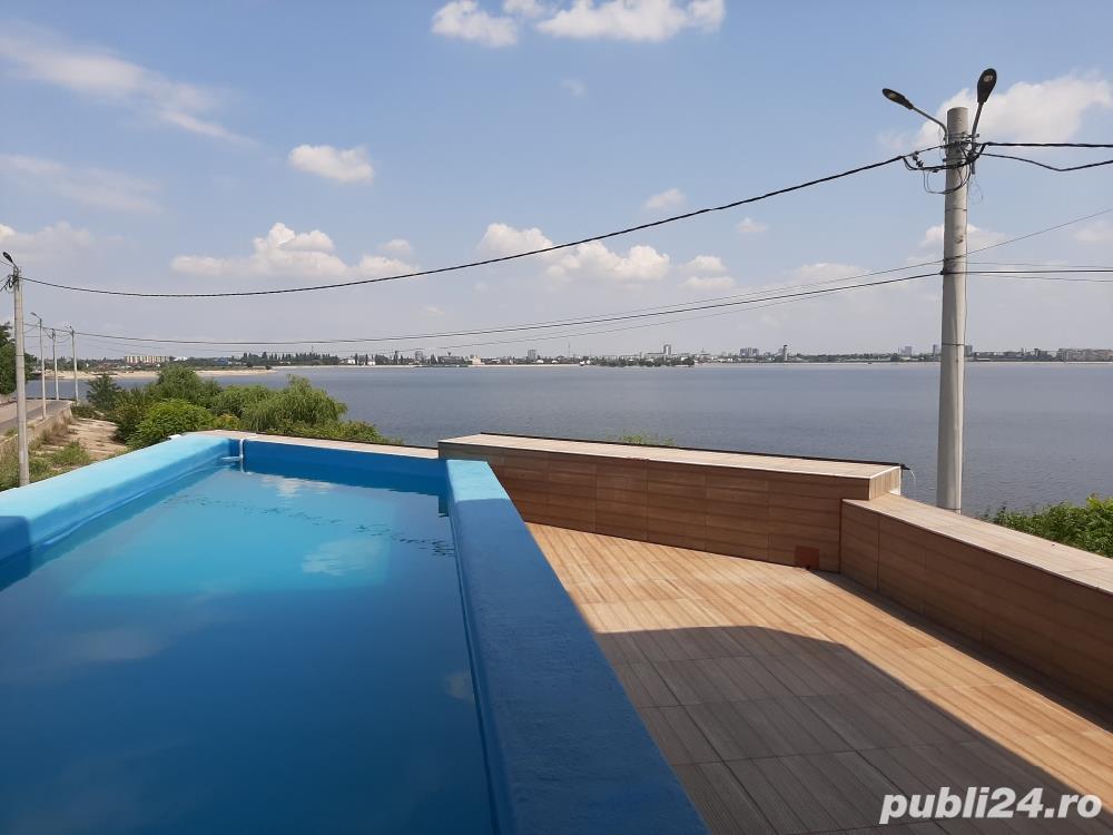 Închiriez Vila P+2 in Chiajna pe malul lacului