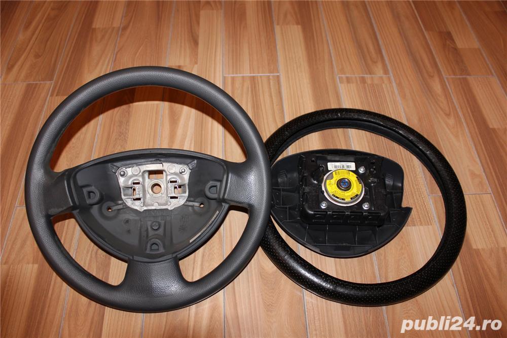 Volan Logan 2009, cu airbag. Se potriveste Duster / Sandero / Dokker