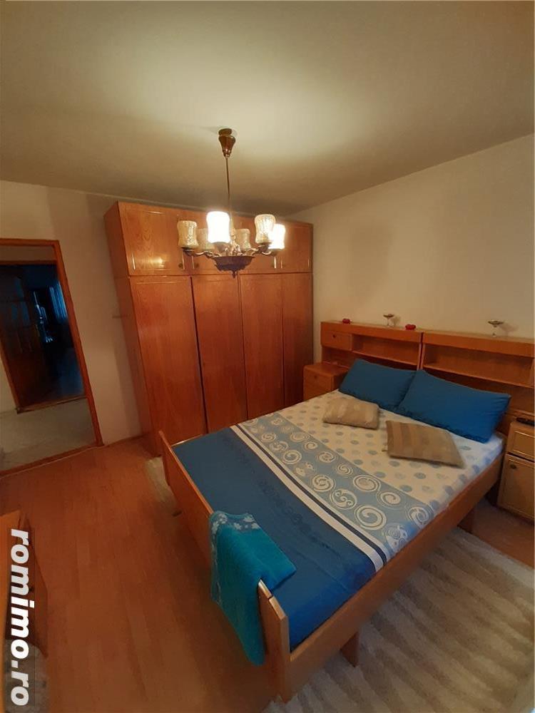 Telegrafului - 2 camere - centrala proprie - 300 euro