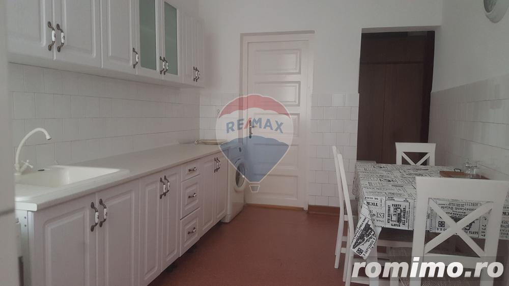Apartament in centru str. Baba Novac