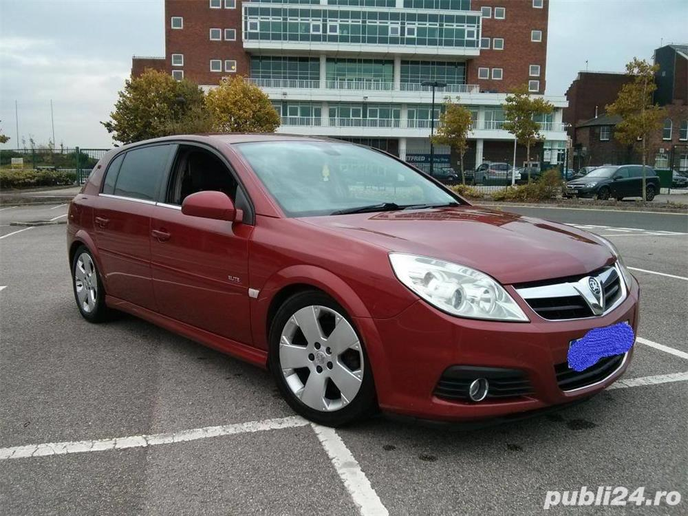 Vauxhall/Opel Signum Elite 1.9 TDCI 150 cai putere (volan dreapta)