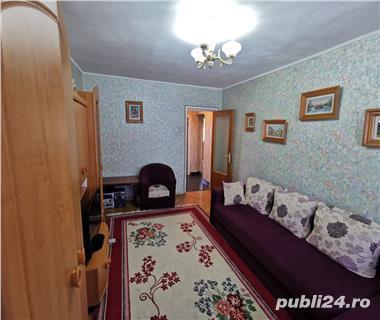 Apartament 3 camere de vanzare Dacia