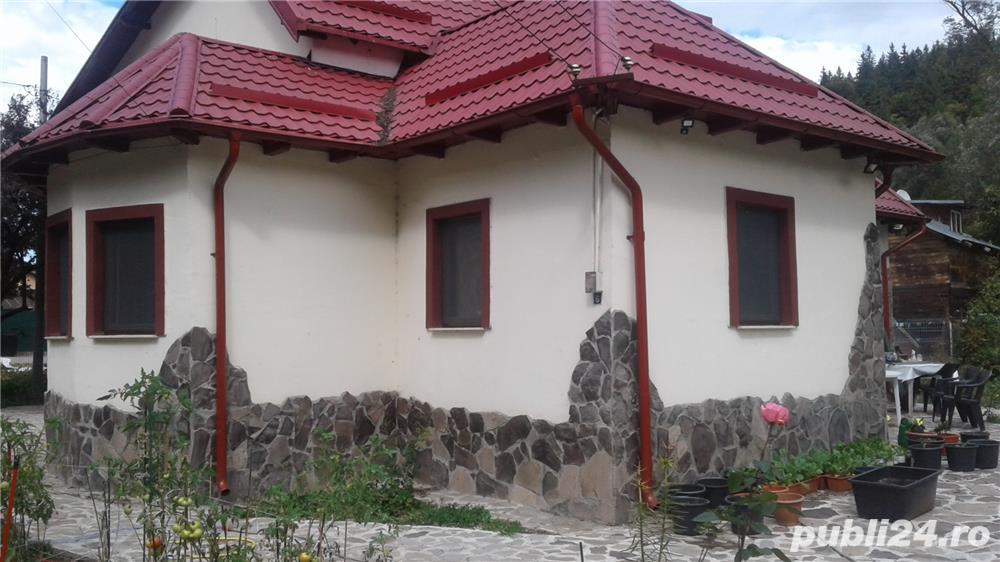 Sinaia, Vila superba P + E langa cartier Cumpatu, aproape de Centru, Peles