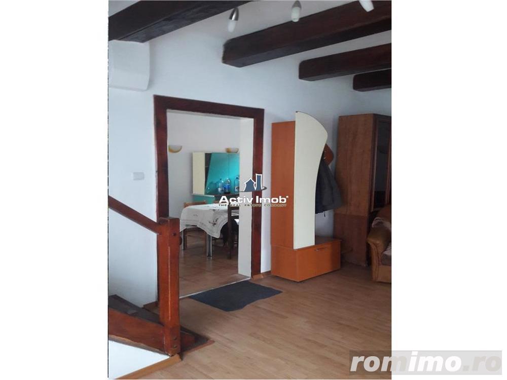 Casa 5 camere , 2 Bai ,Curte  - Darste