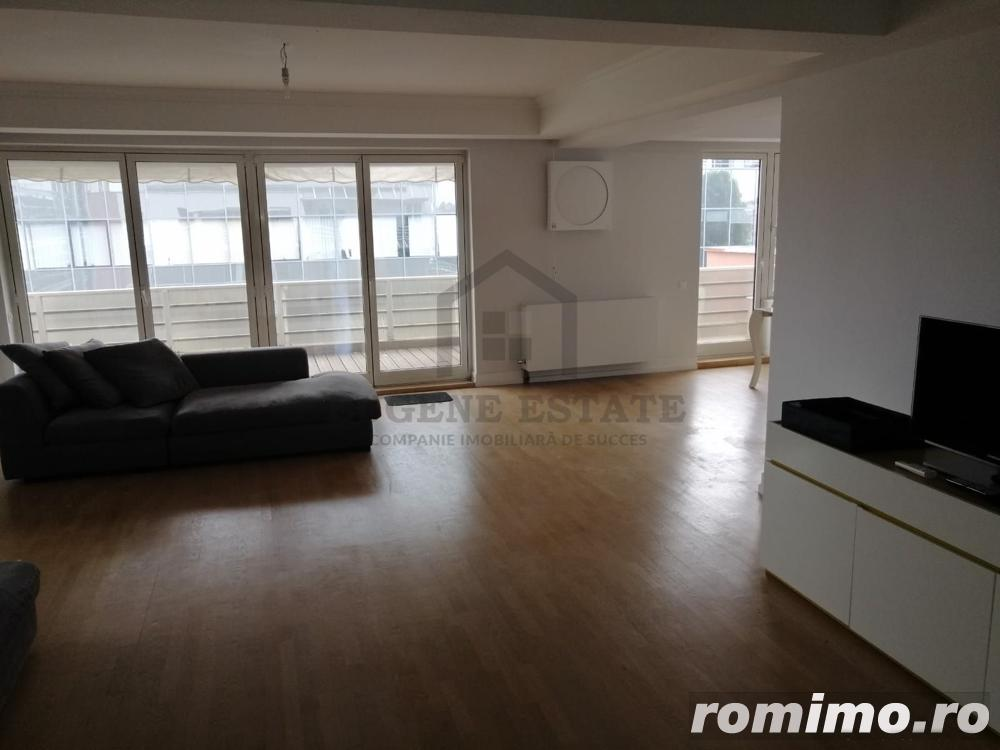 Apartament cu 6 camere in zona Charles de Gaulle - Televiziune