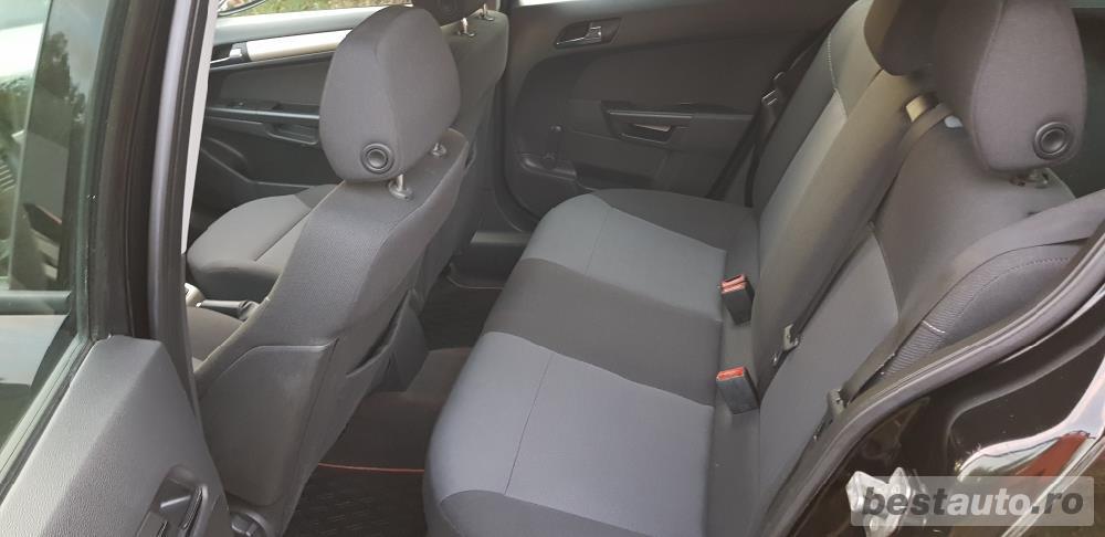 Opel Astra 1.6 benzina si gaz