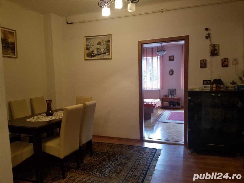PF dau in chirie apartament o camera living- bucatarie baie camara  zona Garii .