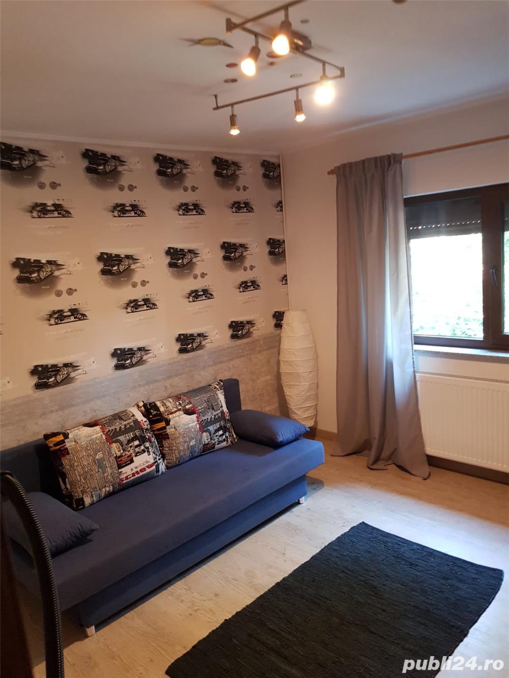 Închiriez Apartament 3 camere Petre Ispirescu