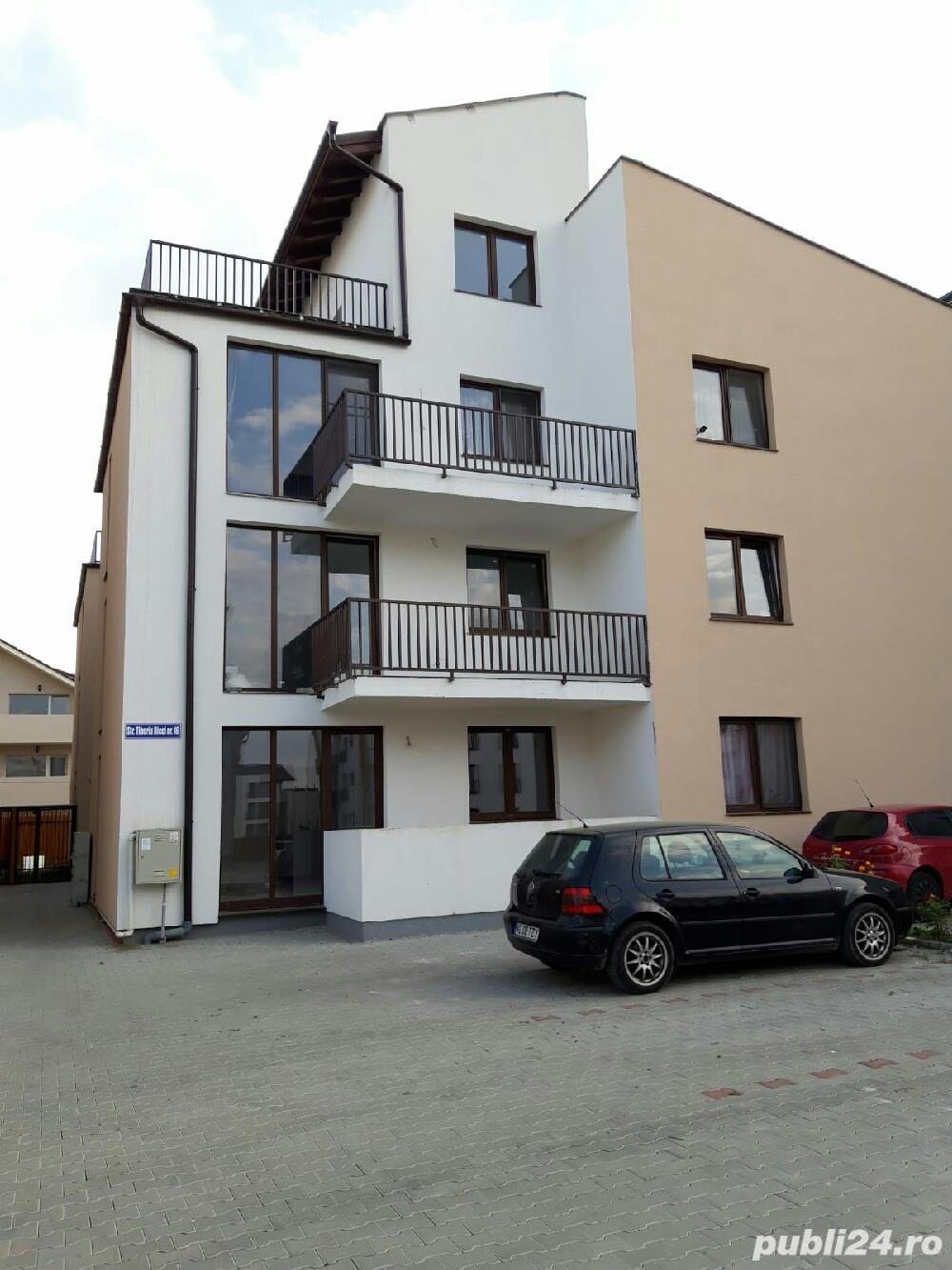 Apartament cu 4 camere de vânzare