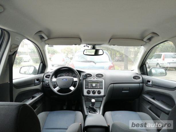 Ford Focus MK2 1,6 TDCI 109 CP impecabil