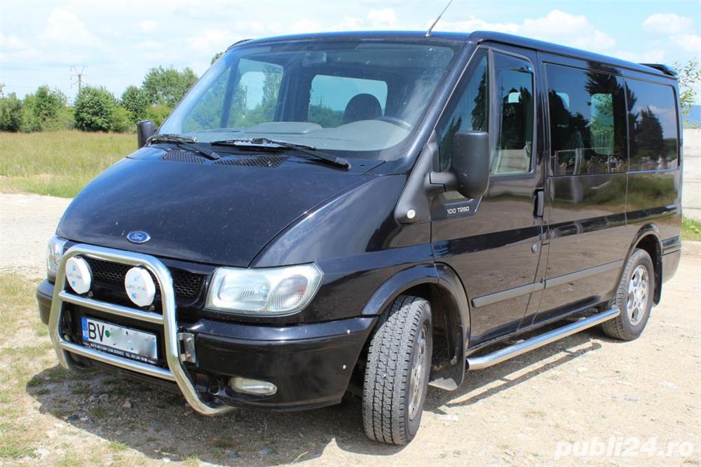 Ford Transit AUTOUTILITARA 5 LOCURI