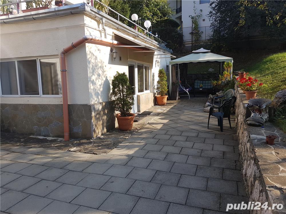 Apartament deosebit la casa in Schei